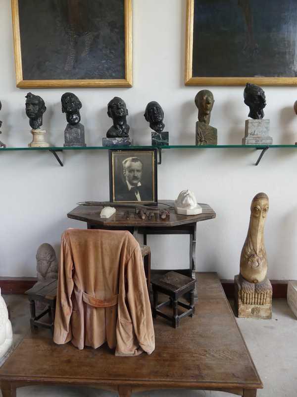 L'atelier d'Henry Clews, tout y est resté comme à son époque